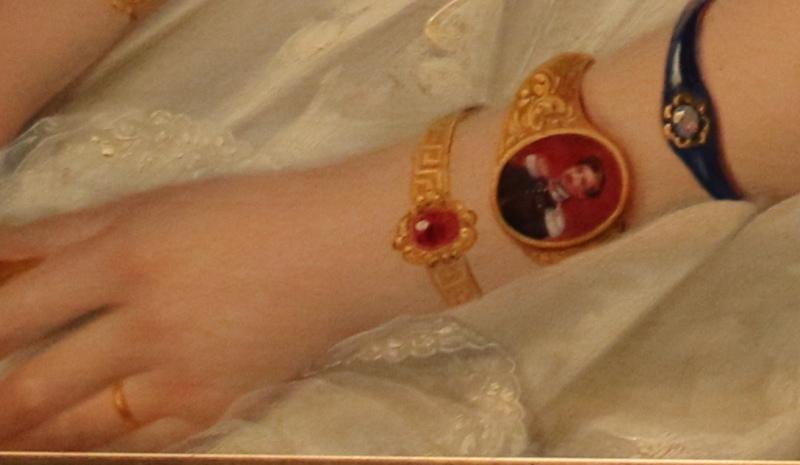 Enamel miniature bracelet